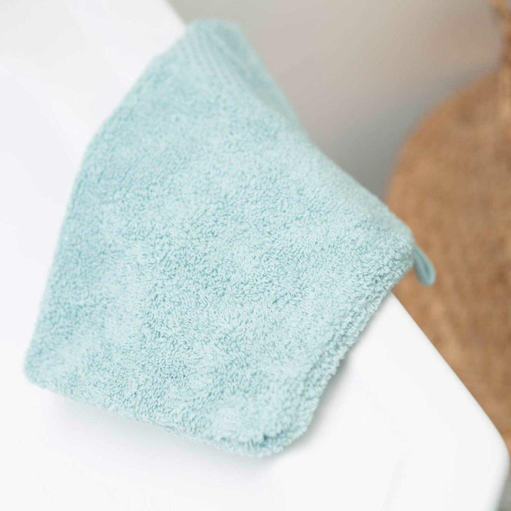 Luxury wash gloves kalani blue
